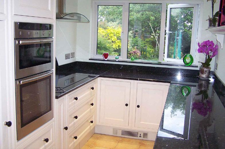 Kitchens bespoke cabinet makers for Bespoke kitchen cabinets